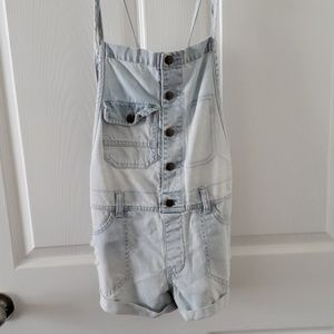 Billabong short overalls